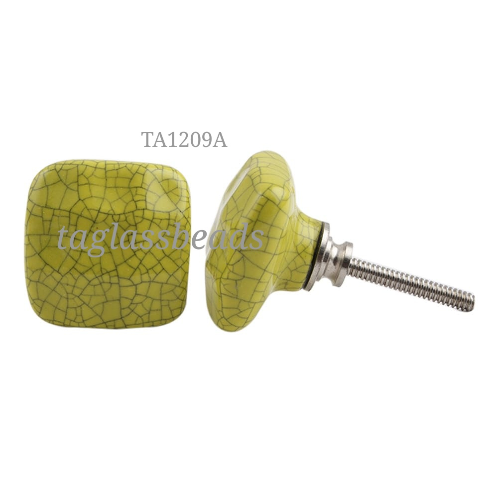 CERAMIC DOOR KNOB 328MM PRICE $ 0.25