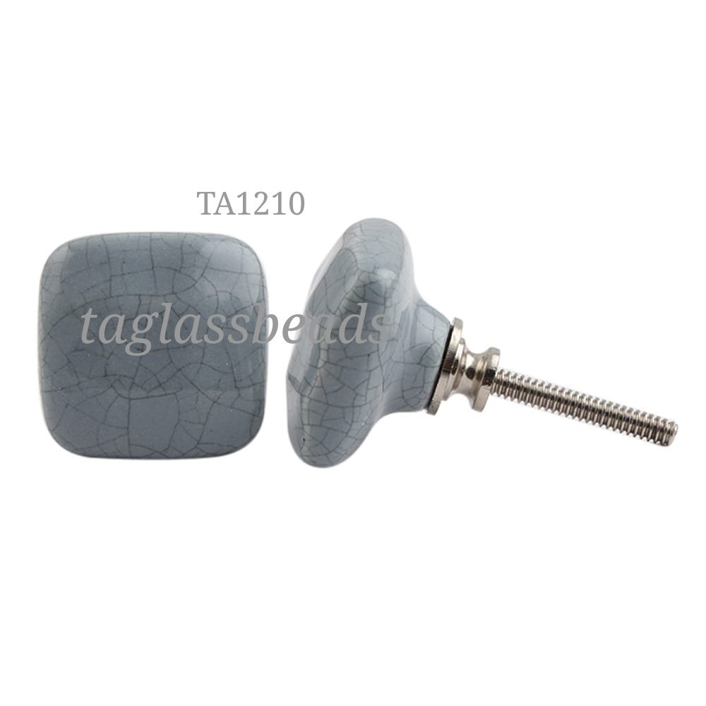 CERAMIC DOOR KNOB 38 MM PRICE $ 0.25